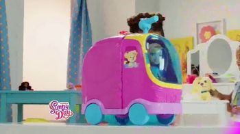 Sunny Day Glam Vanity Playset TV Spot, 'Gear Up & Go' - Thumbnail 3