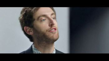 Verizon Unlimited Plans TV Spot, 'Huge News: BOGO' Feat. Thomas Middleditch - Thumbnail 2
