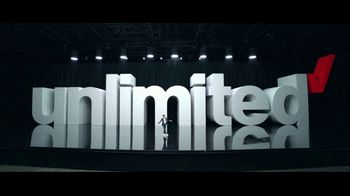 Verizon Unlimited Plans TV Spot, 'Huge News: BOGO' Feat. Thomas Middleditch - Thumbnail 4