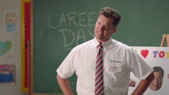Toyota TV Spot, 'Pat the Intern: Career Day' [T2] - Thumbnail 5