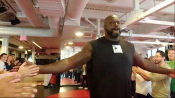 Facebook Watch TV Spot, 'Big Chicken Shaq: A Sports First' - Thumbnail 4