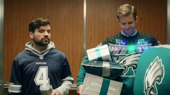 NFL Shop TV Spot, 'Elevator: 25 Percent' - Thumbnail 6