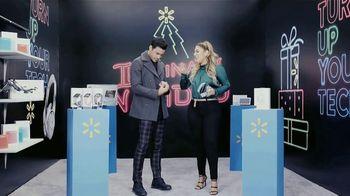 Walmart TV Spot, 'Univision: ilumina tu Navidad' con Alejandra Espinoza, El Dasa, Gente de Zona [Spanish] - Thumbnail 6