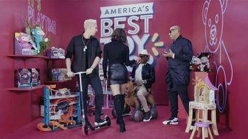 Walmart TV Spot, 'Univision: ilumina tu Navidad' con Alejandra Espinoza, El Dasa, Gente de Zona [Spanish] - Thumbnail 9