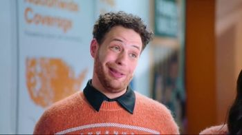 Boost Mobile TV Spot, 'A Switchmas Miracle' - Thumbnail 4