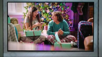 Boost Mobile TV Spot, 'A Switchmas Miracle' - Thumbnail 6