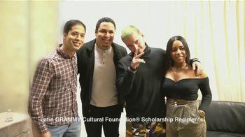 Pepsi TV Spot, 'Recipientes de la beca Latin Grammy Cultural Foundation' con J Balvin [Spanish] - Thumbnail 5