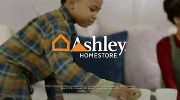 Ashley HomeStore Pre-Black Friday Sale TV Spot, 'This Weekend Only' - Thumbnail 10