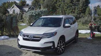 Happy Honda Days TV Spot, 'Christmas Tree' [T2] - Thumbnail 2