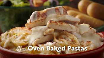 Olive Garden Oven Baked Pastas TV Spot, 'Holiday' - Thumbnail 3