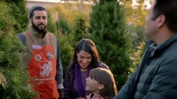 The Home Depot TV Spot, 'Holidays: inflables navideños' [Spanish] - Thumbnail 2