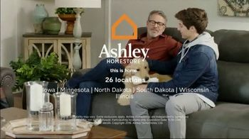 Ashley HomeStore Black Friday TV Spot, 'Sofa, Sectional, Bunk Beds' Song by Midnight Riot - Thumbnail 10