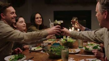 Olive Garden TV Spot, 'Equity' Song by Grace Elizabeth Lee - Thumbnail 7