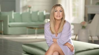Aveeno Positively Radiant TV Spot, 'Lightweight' Ft. Jennifer Aniston - Thumbnail 2
