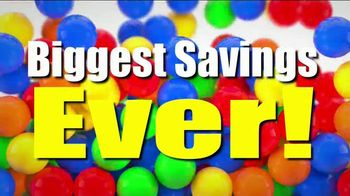 Toys R Us Going Out of Business Liquidation TV Spot, 'Final Weeks' - Thumbnail 4