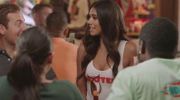 Hooters TV Spot, 'A Combination Only Hooters Can Deliver' Feat. Jon Gruden - Thumbnail 8