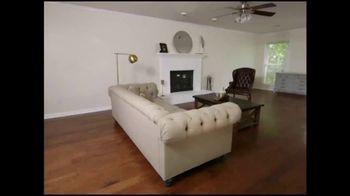 Bassett Summer Home Sale TV Spot, 'HGTV Design Studio: New Homeowners' - Thumbnail 2