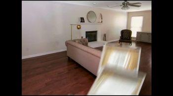 Bassett Summer Home Sale TV Spot, 'HGTV Design Studio: New Homeowners' - Thumbnail 5