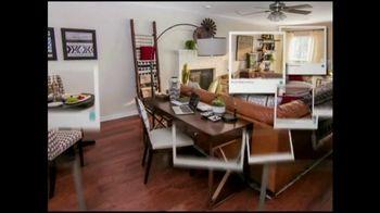 Bassett Summer Home Sale TV Spot, 'HGTV Design Studio: New Homeowners' - Thumbnail 6