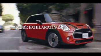 MINI Hardtop 2 Door TV Spot, \'Explore More Corners: More Exhilarating\' Song by Jamie N Commons [T1]