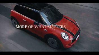 MINI Hardtop 2 Door TV Spot, 'Explore More Corners: More Exhilarating' Song by Jamie N Commons [T1] - Thumbnail 5