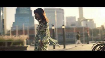 Macy's La Venta de Verano TV Spot, 'Extraordinaria' [Spanish] - Thumbnail 8