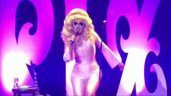 Murray & Peter Present TV Spot, 'Trixie Mattel: Now With Moving Parts' - Thumbnail 5