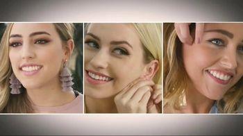 MagicBax TV Spot, 'Statement Earrings' - Thumbnail 1