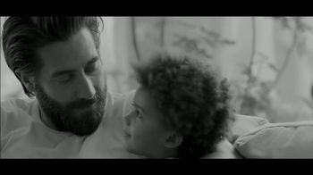 Calvin Klein Fragrances Eternity Air TV Spot, 'Darling' Featuring Jake Gyllenhaal