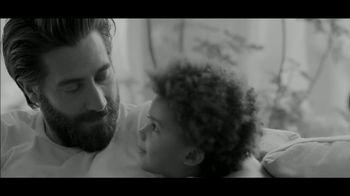 Calvin Klein Fragrances Eternity Air TV Spot, 'Darling' Featuring Jake Gyllenhaal