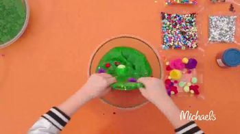 Michaels TV Spot, 'Nickelodeon: JoJo Siwa Making Slime' - Thumbnail 4