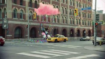 Candy Crush Saga TV Spot, 'Raining Rewards' Song by Jimmy Somerville - Thumbnail 7