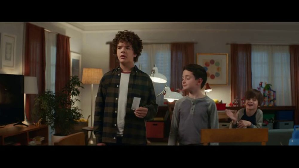 Fios by Verizon TV Commercial, 'Working Conditions: Internet' Ft. Gaten Matarazzo