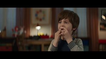 Fios by Verizon TV Spot, 'Working Conditions: Internet' Ft. Gaten Matarazzo - Thumbnail 7