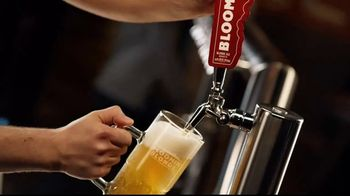 Outback Steakhouse Bloomin' Blonde Ale TV Spot, 'Pairs With Bold Flavors' - Thumbnail 2