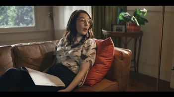 LG V35 ThinQ TV Spot, 'What's It Gonna Take?' Featuring Aubrey Plaza - Thumbnail 6
