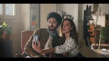 LG V35 ThinQ TV Spot, 'What's It Gonna Take?' Featuring Aubrey Plaza - Thumbnail 8