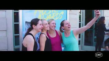 Aveeno Positively Radiant TV Spot, 'CMT: Refresh Station' Featuring Danielle Bradbery - Thumbnail 1