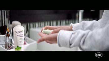 Aveeno Positively Radiant TV Spot, 'CMT: Refresh Station' Featuring Danielle Bradbery - Thumbnail 4