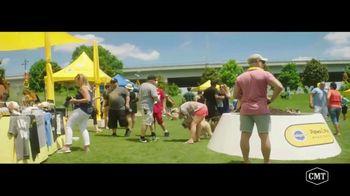Pedigree TV Spot, 'CMT: Paws & Play Festival' Featuring Cassadee Pope - Thumbnail 5