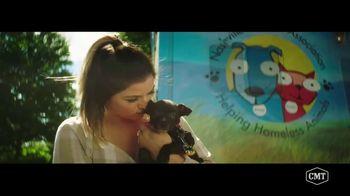 Pedigree TV Spot, 'CMT: Paws & Play Festival' Featuring Cassadee Pope - Thumbnail 6