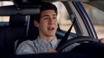 2018 Toyota Corolla TV Spot, 'Robot mayordomo' [Spanish] [T2] - Thumbnail 4