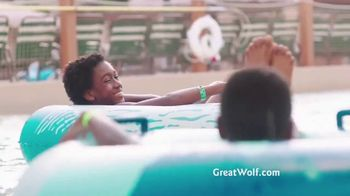 Great Wolf Lodge Great Summer Sale TV Spot, 'Wink' - Thumbnail 7