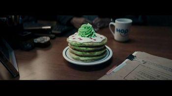 IHOP Grinch Pancakes TV Spot, 'Sketch' - Thumbnail 2