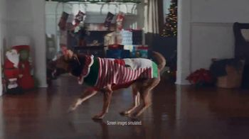 Walmart TV Spot, 'Light Up Christmas' Song by KC & The Sunshine Band - Thumbnail 7