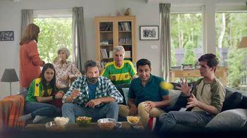 Super PoliGrip TV Spot, 'Mike' - Thumbnail 7