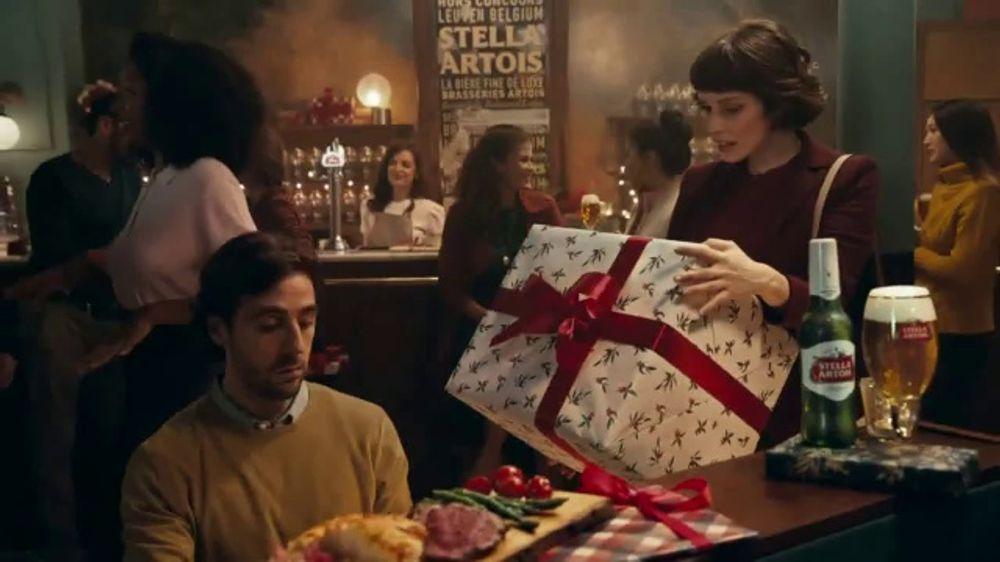 Stella Artois TV Commercial, 'Best Present is Being Present'
