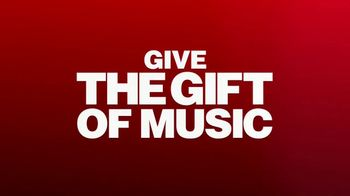 Guitar Center TV Spot, 'Holidays: Gibson Les Paul Models' Song by Anderson .Paak - Thumbnail 9