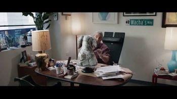 Autotrader Accelerate TV Spot, 'Papier-Mâché' Featuring Andy Cohen, Daryn Carp - Thumbnail 2