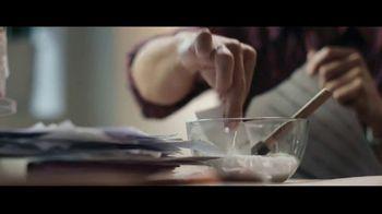 AutoTrader.com Accelerate TV Spot, 'Papier-Mâché' Featuring Andy Cohen, Daryn Carp - Thumbnail 9